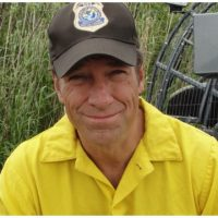 Mike Rowe's Thoughts on FL School Shooting are the Best You'll Hear From Anyone